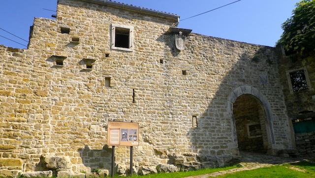 IMGP0592.Piemonte.porta