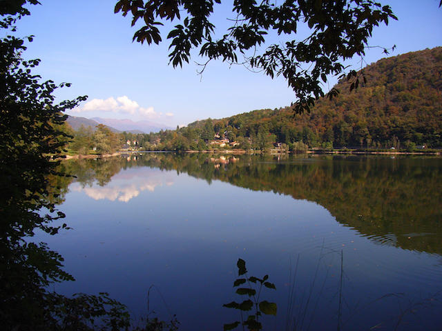 Lago di Ghirla.JPG