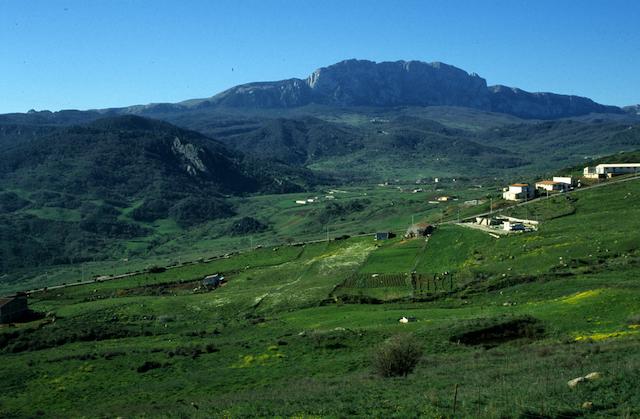 Rocca Busambra2