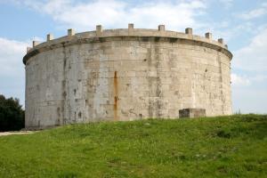 Mausoleo1 copia