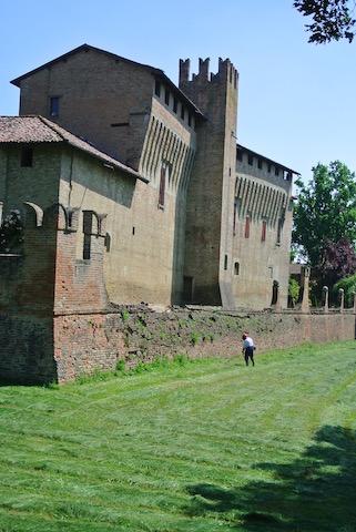 Maccastorna.castello
